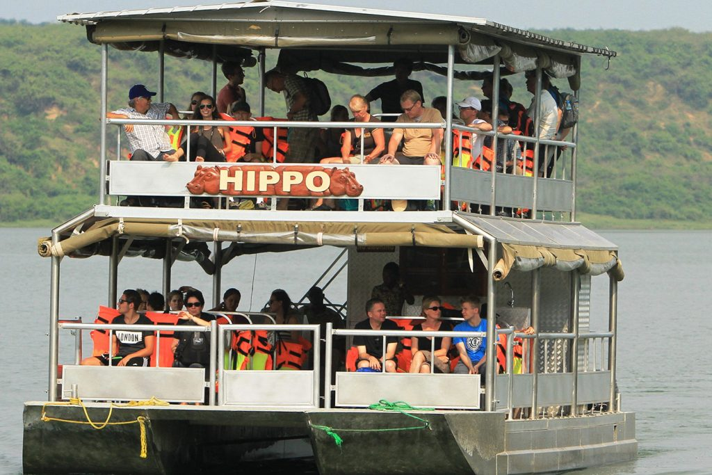 Gorillas-and-boat-cruise-safari