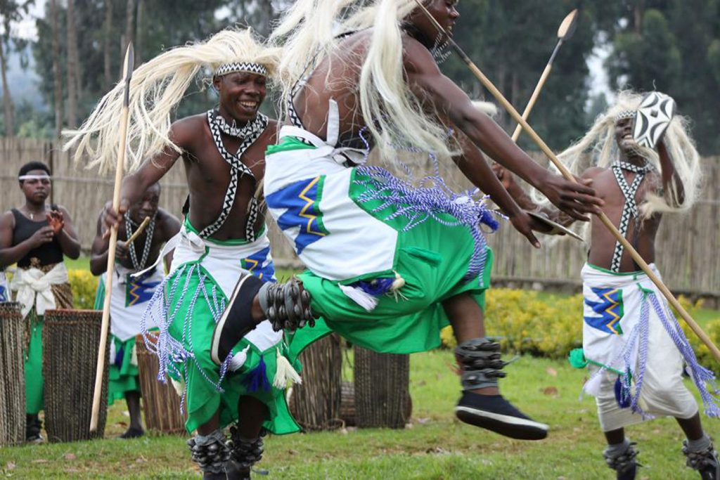 Uganda Flying and Cultural Tour